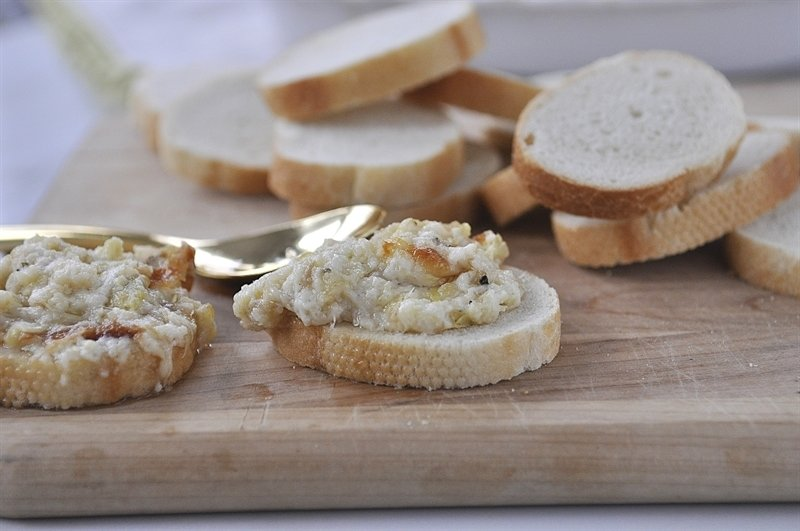 Roasted Garlic Artichoke Dip