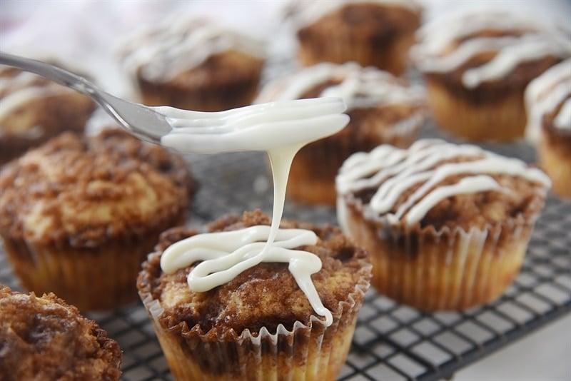 icing Cinnamon Roll Muffins