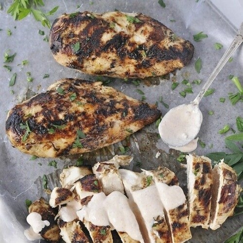 Grilled Chicken with Yogurt Sauce
