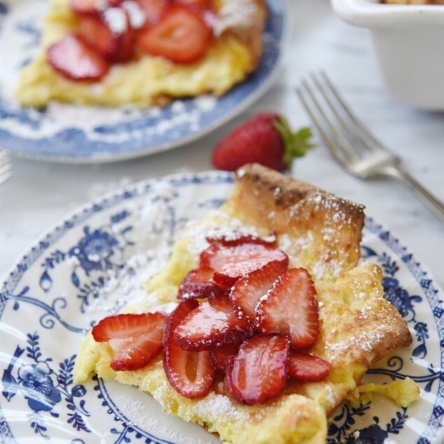 german pancake with strawberries