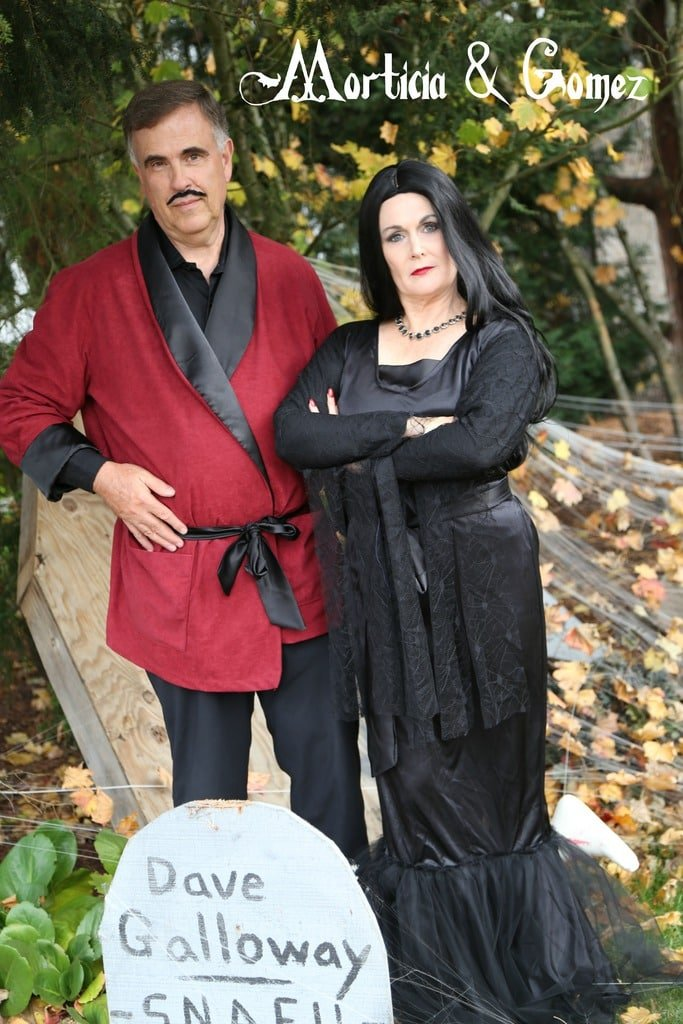 Morticia And Gomez Couple Costume Idea Your Homebased Mom
