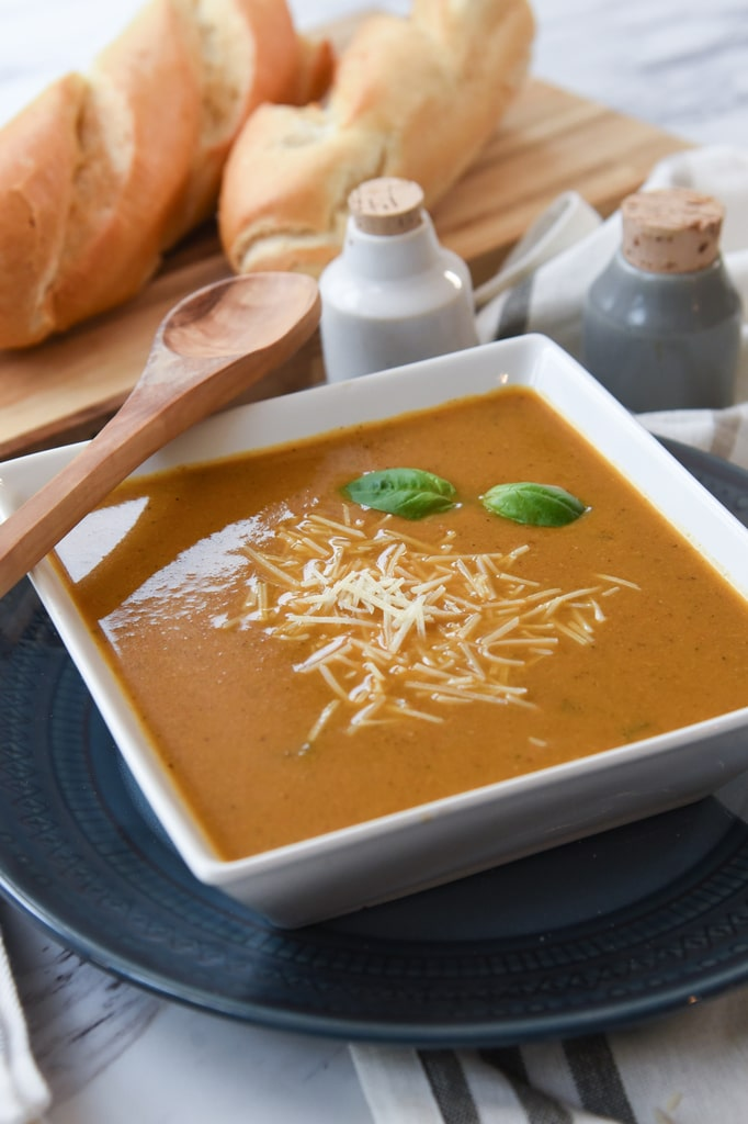 Roasted Red Pepper and Garlic Soup