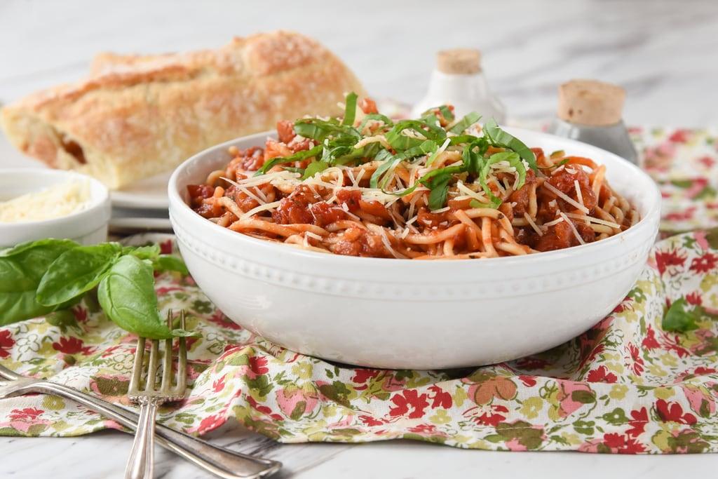 Amatriciana Pasta - Spicy Tomato Pasta