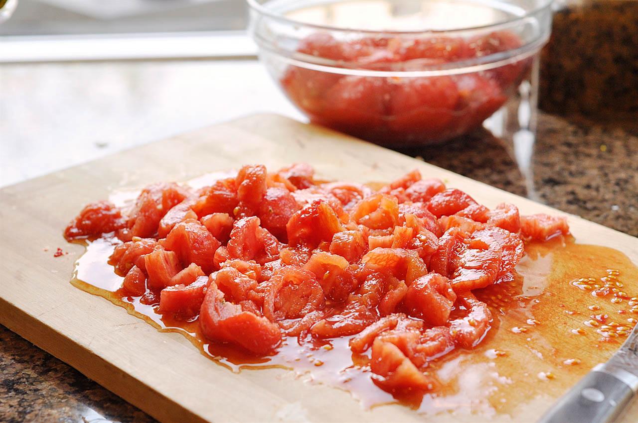 chopped fresh tomatoes