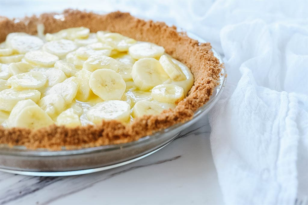 banana cream pie with pudding