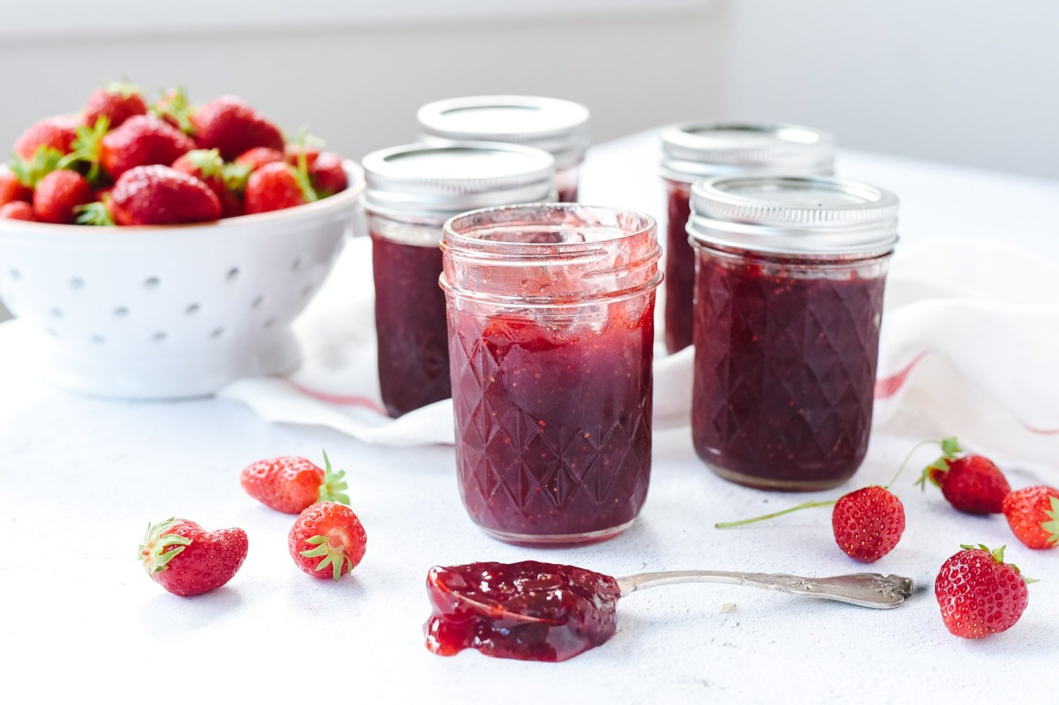 Strawberry jam without pectin