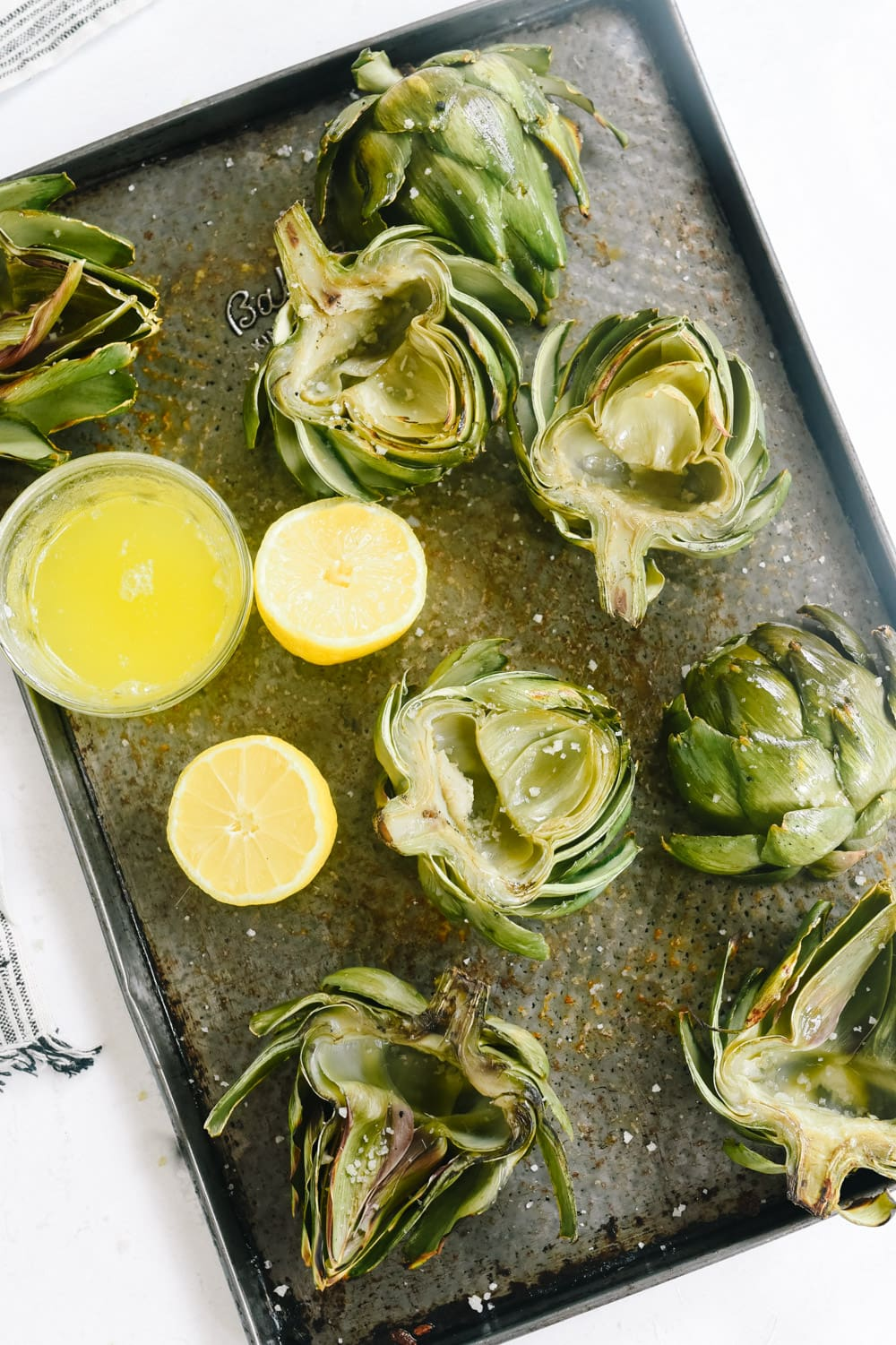 Grilled artichokes with lemon and butter