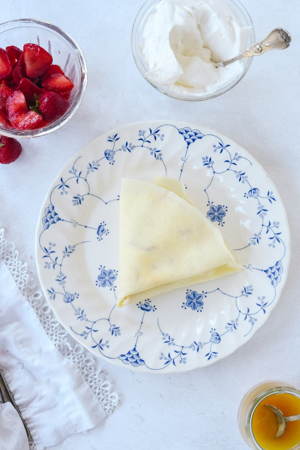 Triangular folded crepe