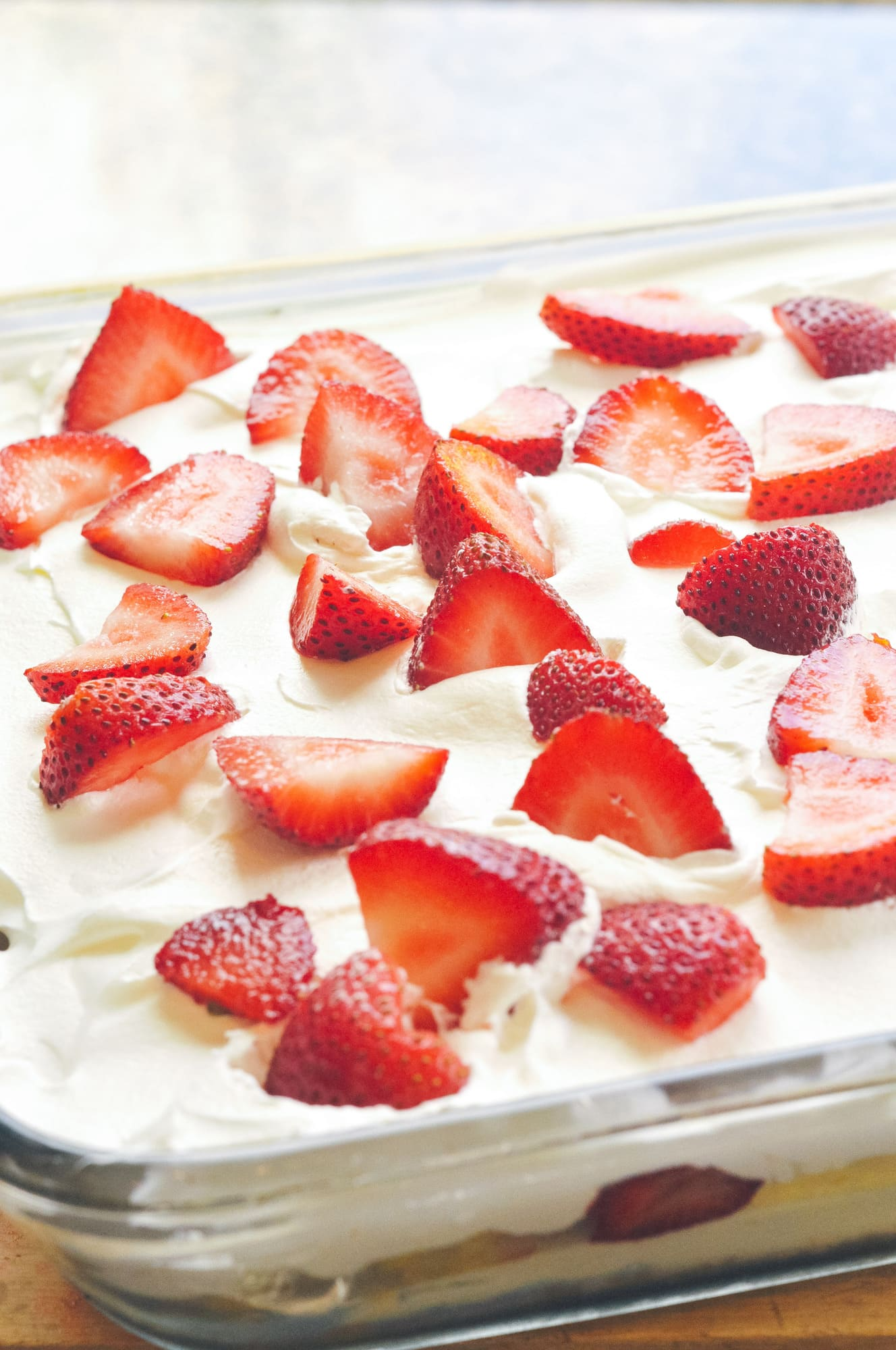 No Bake Icebox cake with strawberries
