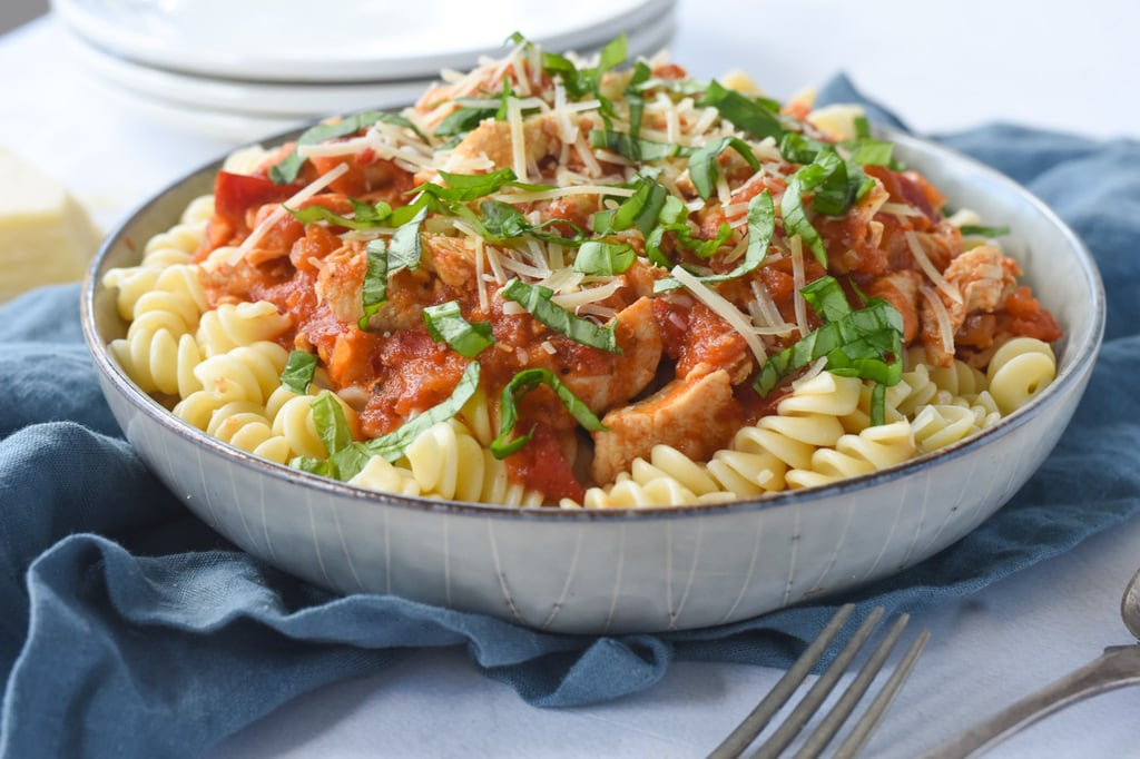 Bowl of pasta with chicken