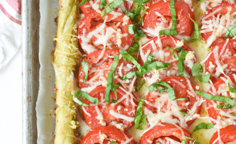 entire tomato tart made out of puff pastry