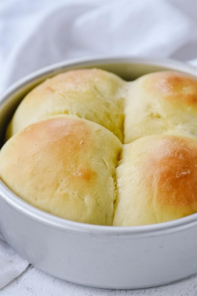 four dinner rolls