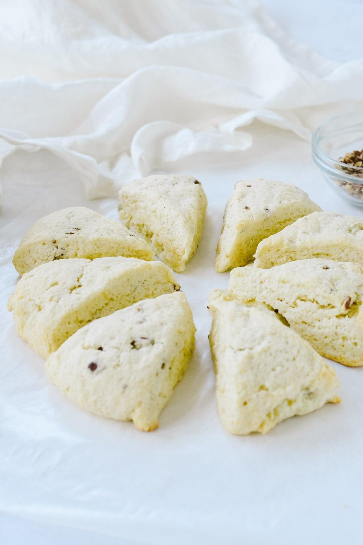 baked cream scones