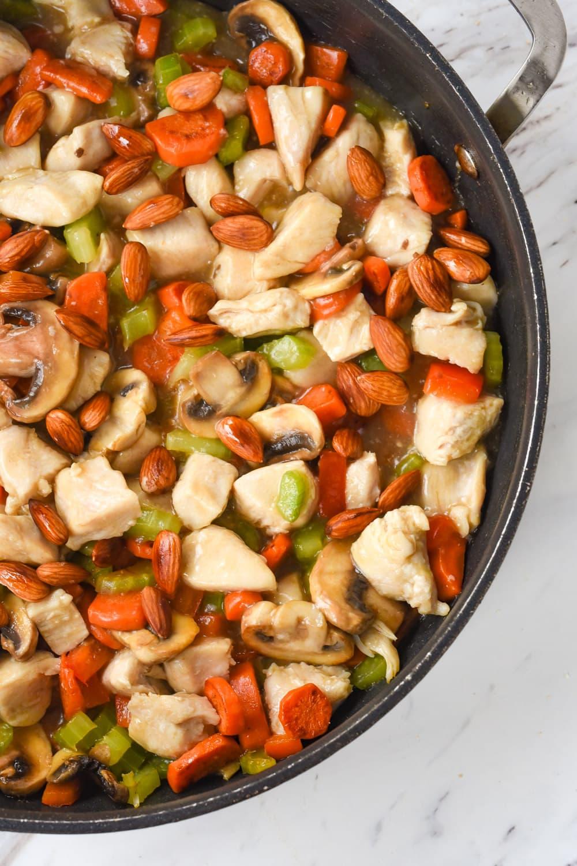 frying pan full of almond chicken
