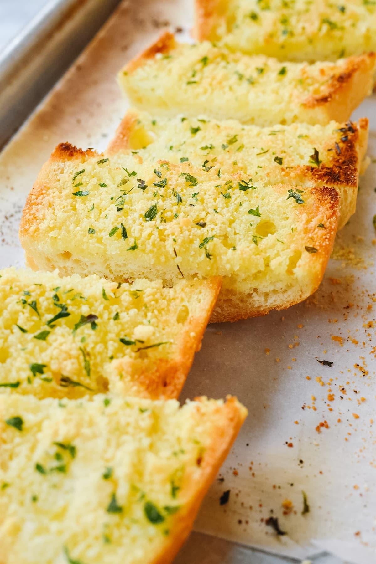 slices of easy garlic bread