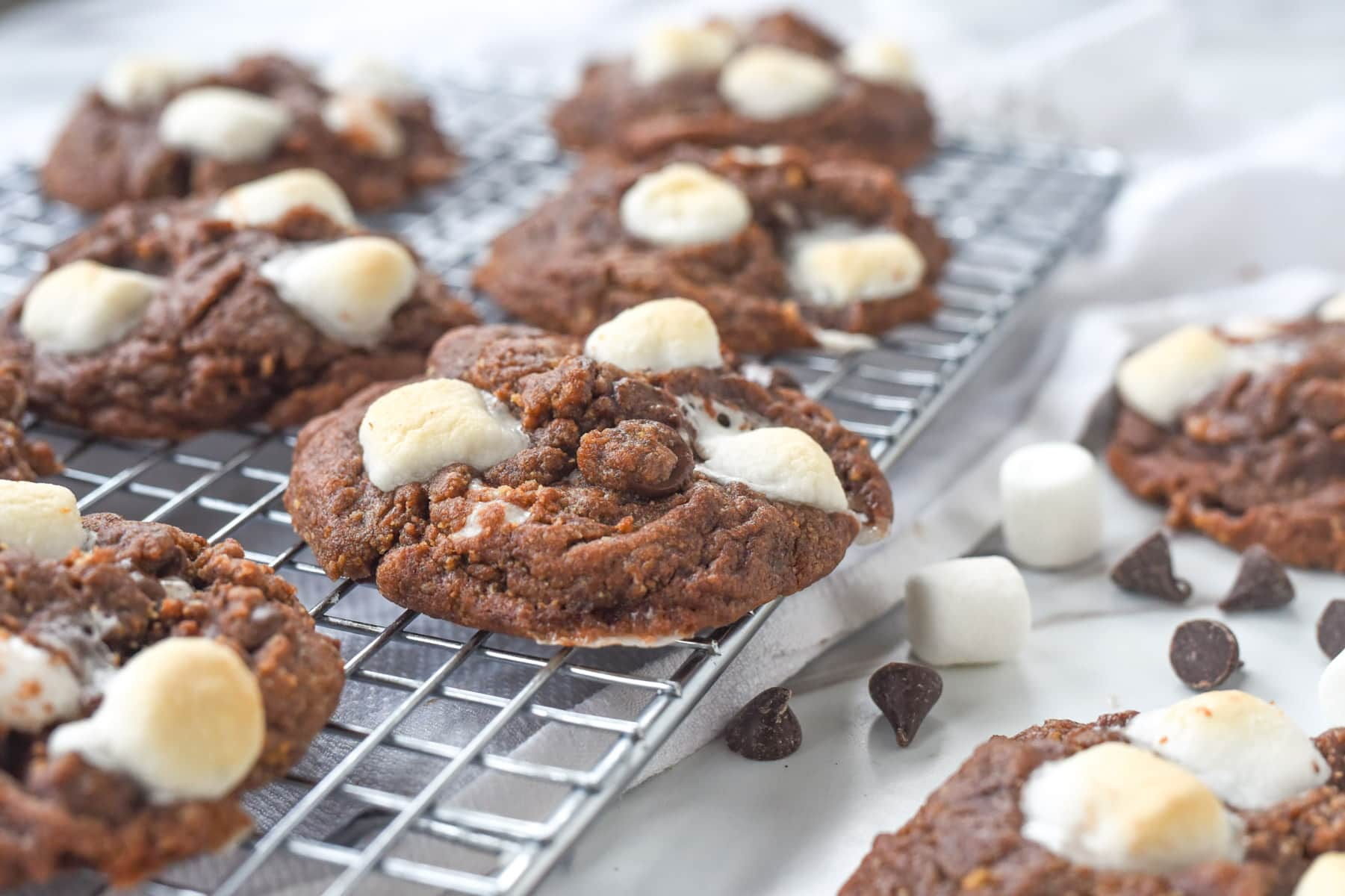 close up of s'mores cookie