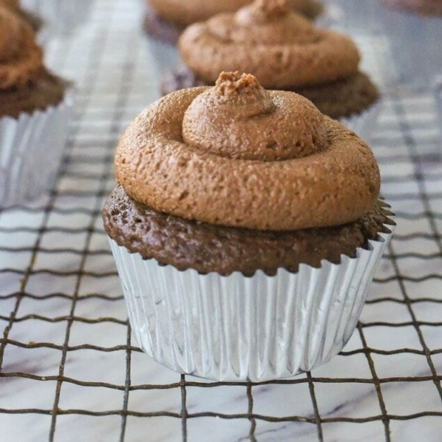 nutella cupcake on cooling rack