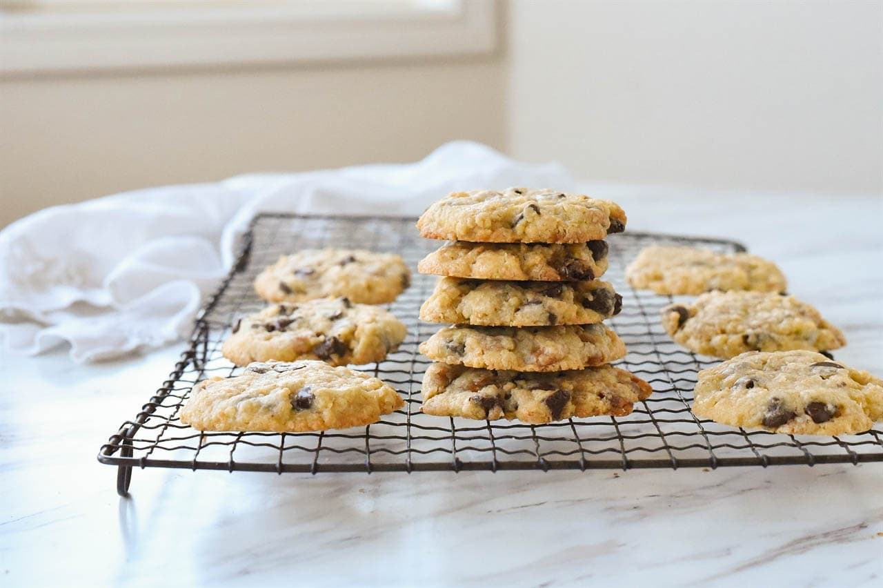 pile of cookies on a cooling rack