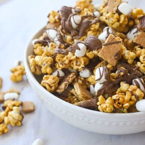 bowl of s'mores popcorn