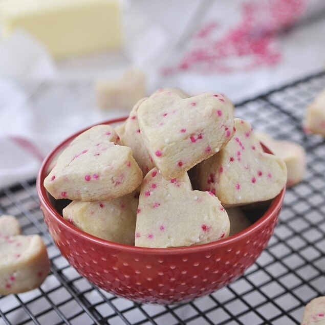 bowl of shortbread heart cookies