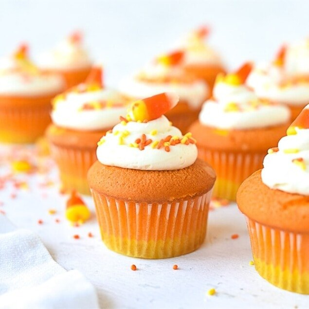 cupcakes decorated like candy corn