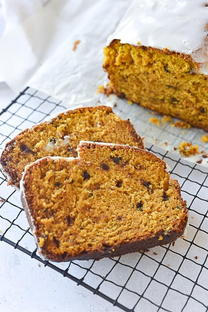 slices of pumpkin bread
