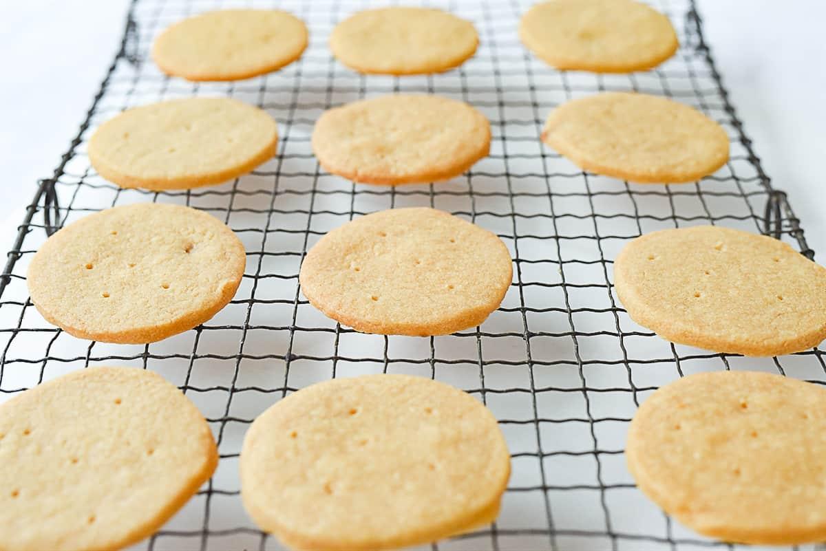 shorbread cookies cooling on rack