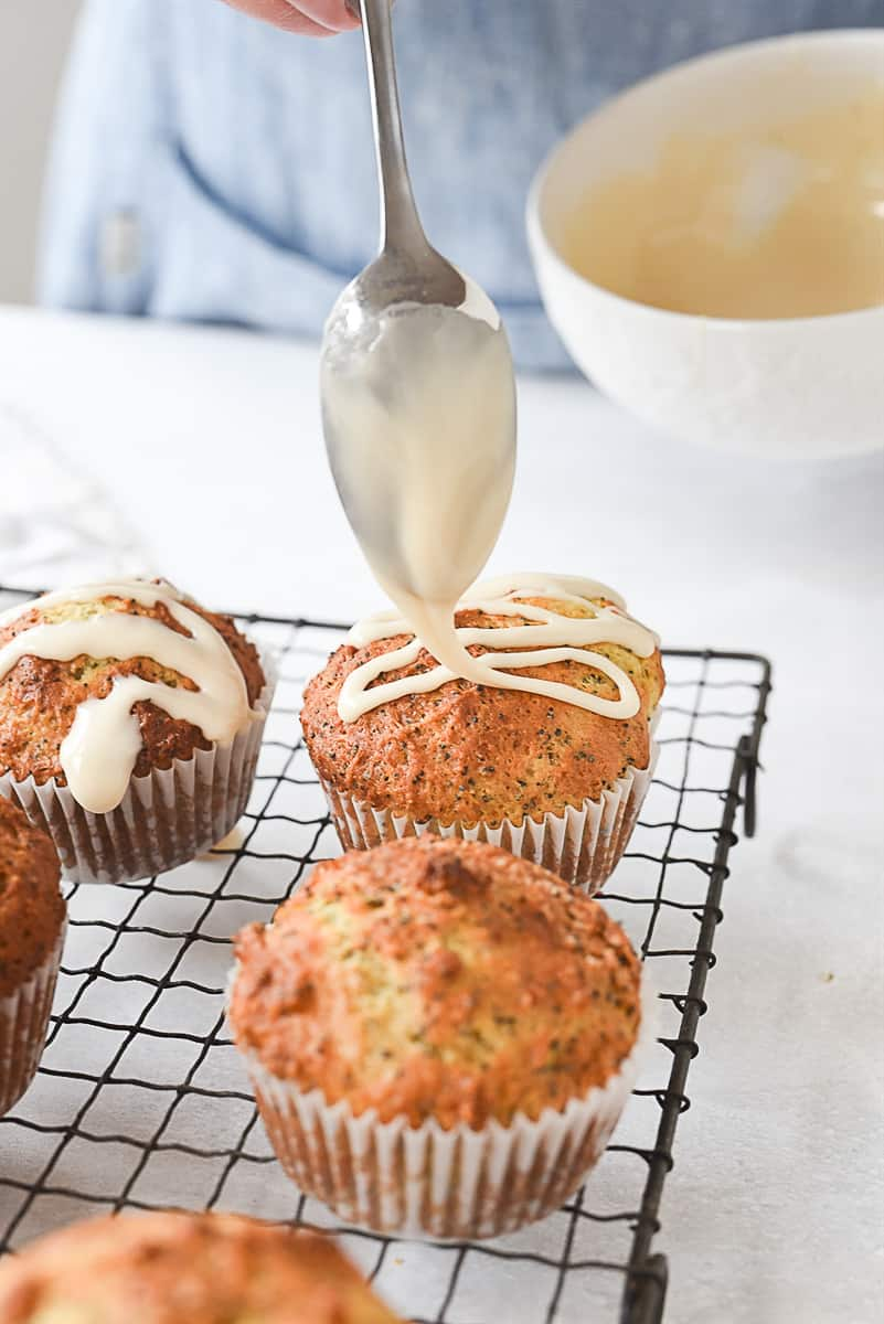 drizzling glaze on muffins