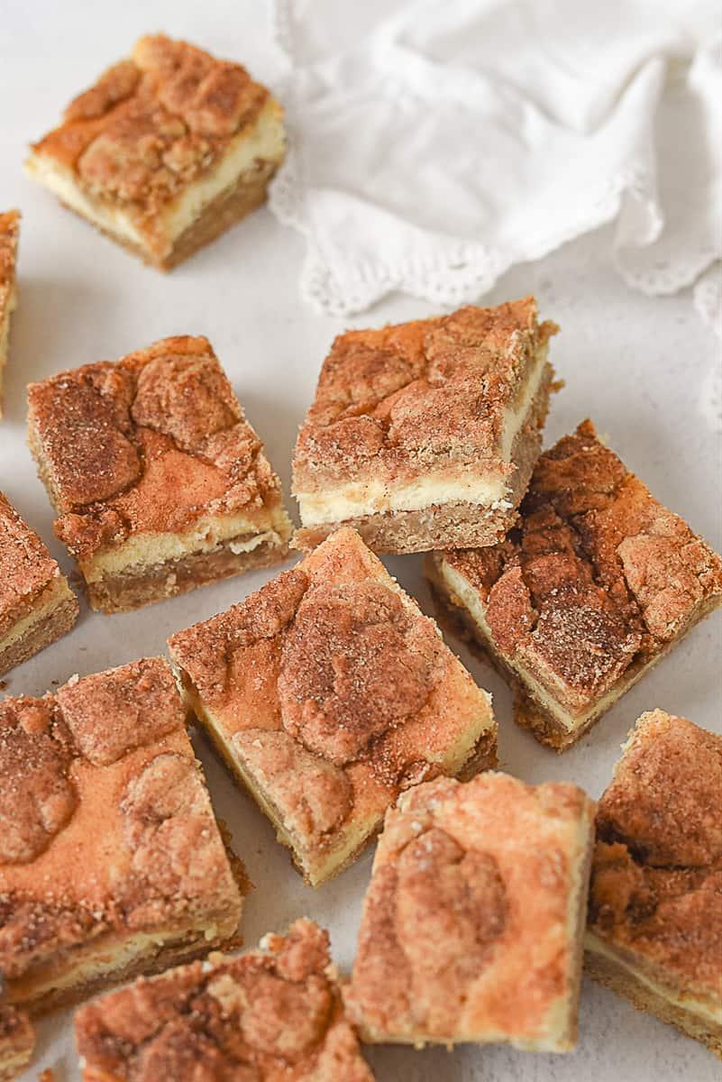 squares of snickerdoodle blondies