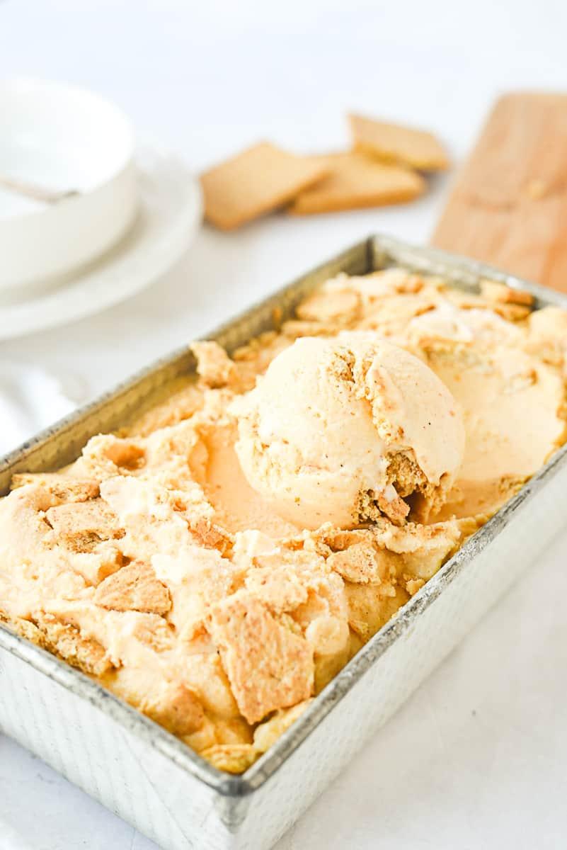 pan of pumpkin pie ice cream