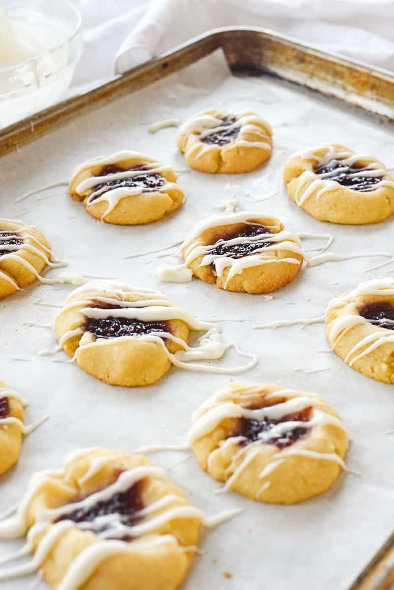 baking sheet of raspberry shortb read cookies