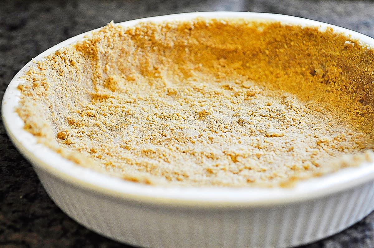 a graham cracker crust
