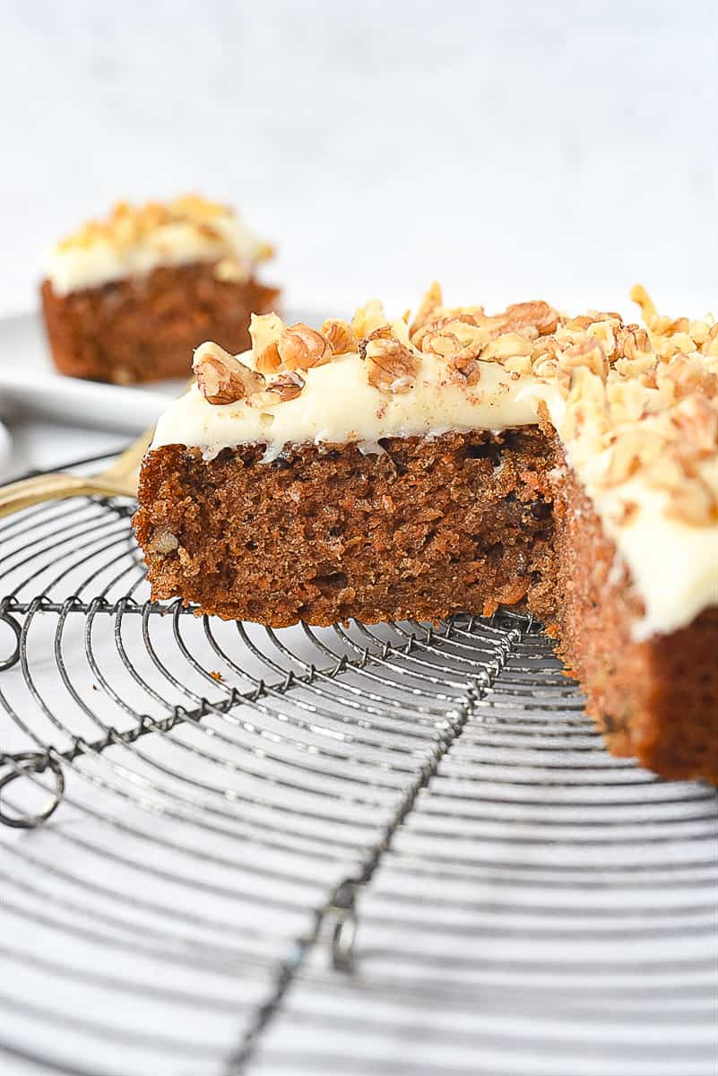 sliced carrot cake small batch