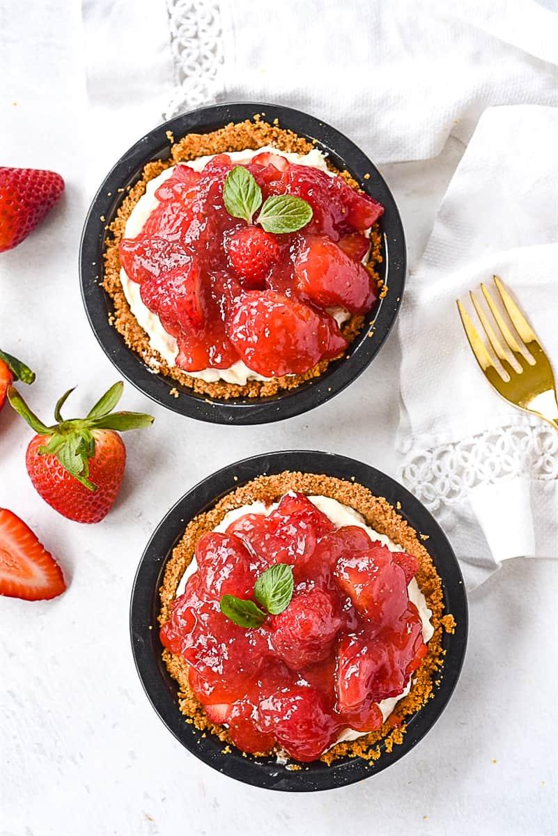 overhead shot of mini strawberry pie