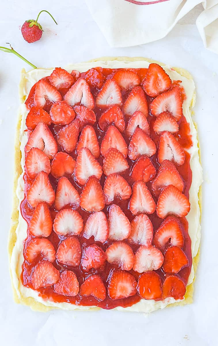 uncut strawberry pizza