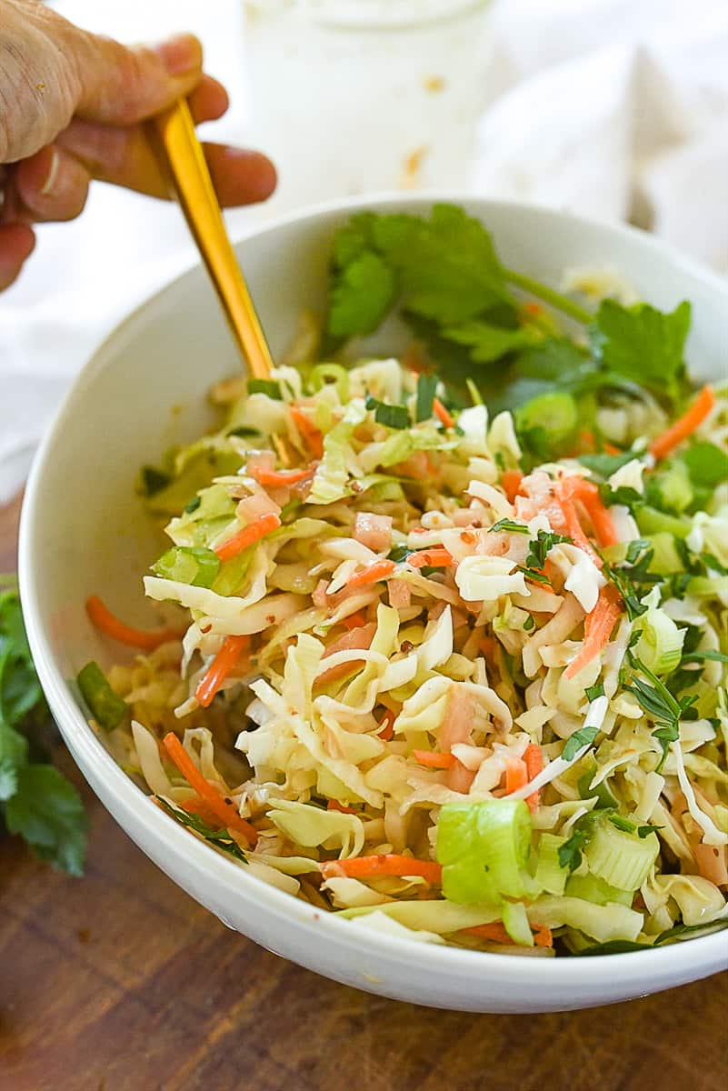 bowl of creamy coleslaw