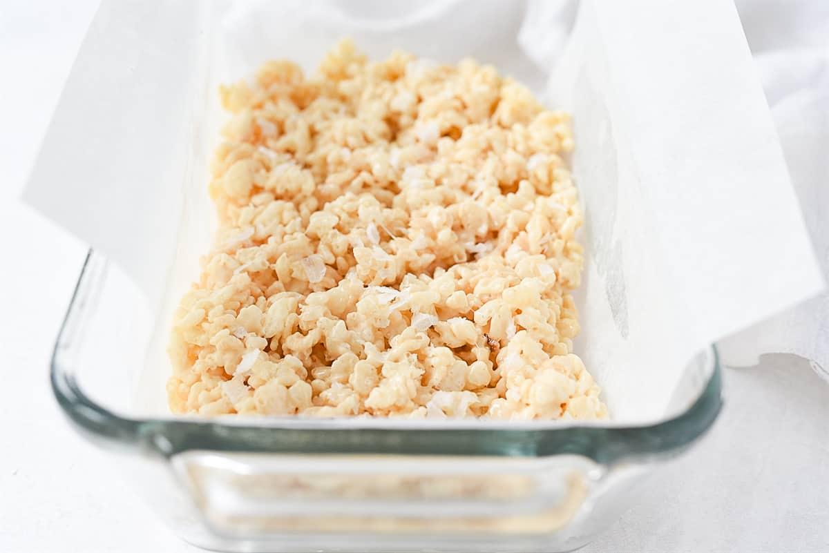 rice krispie treats in pan