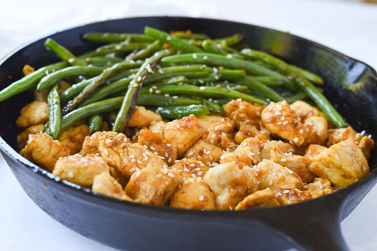 close up of chicken and green beans
