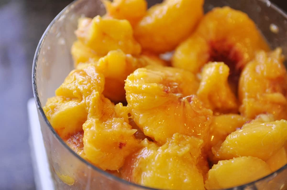 peaches in food processor